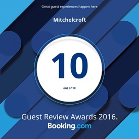Booking.com 10 out of 10 guest reviews award